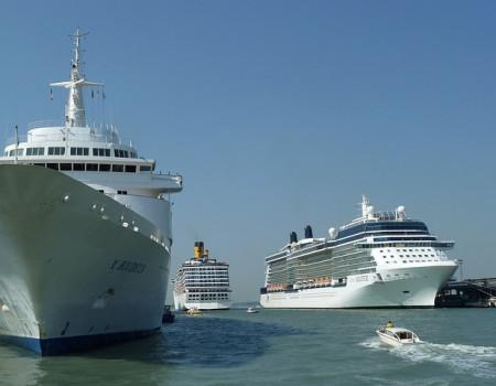 Шесть иностранных круизных лайнеров будут заходить в Сочи в 2020 году