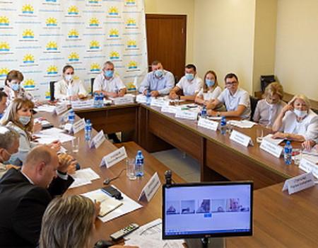 В Краснодаре обсудили предварительные итоги летнего курортного сезона-2020